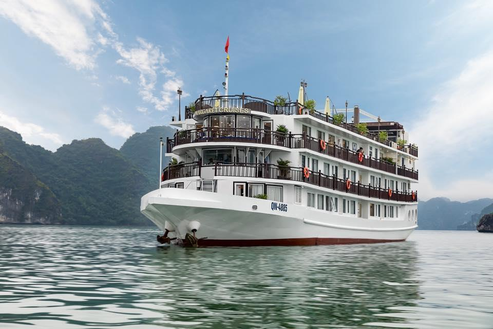 Voucher Top 5 Du thuyền KHUYẾN MÃI KHỦNG tháng 5