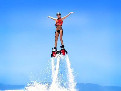 Flyboard (Ván bay) – Trò chơi mạo hiểm trên biển đắt đỏ nhưng hấp dẫn bậc nhất Nha Trang